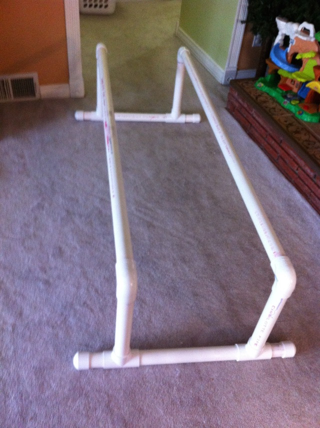 Parallel bars for kids